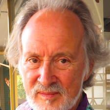 โพรไฟล์ผู้ใช้ Robert J.