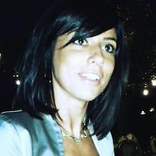 Manuela es SuperAnfitrión.