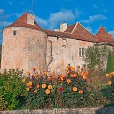 Château est l'hôte.