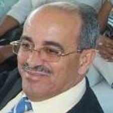 José Ramón ist der Gastgeber.