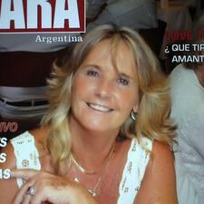 Marta Alicia ist der Gastgeber.
