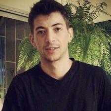 Izael User Profile
