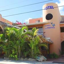 Hotel Residencia ist der Gastgeber.