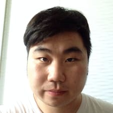 鸿桥 User Profile