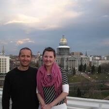 โพรไฟล์ผู้ใช้ Melissa & Damian