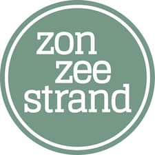 Zon Zee Strand User Profile