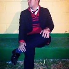 Profil Pengguna Arturo Leon
