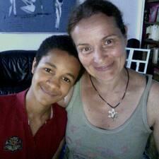 โพรไฟล์ผู้ใช้ Barbara & Emilio-Kodjo