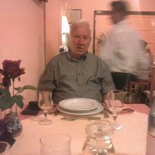 Tomislav est l'hôte.
