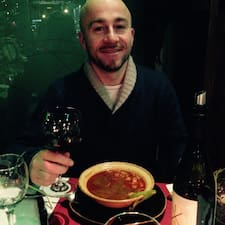 โพรไฟล์ผู้ใช้ Agatino Maurizio