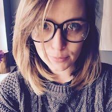 Carolynn felhasználói profilja