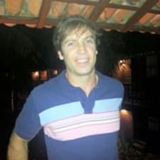 Leandro ist der Gastgeber.