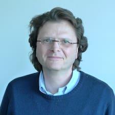 Profil korisnika Helmuth