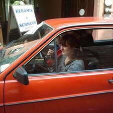 Nutzerprofil von Eleonora