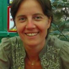 Anne-Valérie Kullanıcı Profili