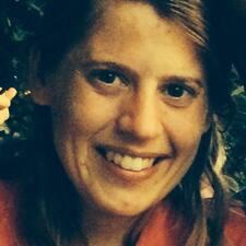 Profil Pengguna Anne-Christine