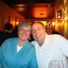 Sandra & Ali User Profile