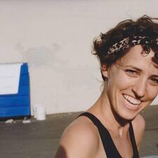 Profil Pengguna Katie Frances (Frankie)
