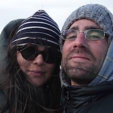โพรไฟล์ผู้ใช้ Ani & Julien
