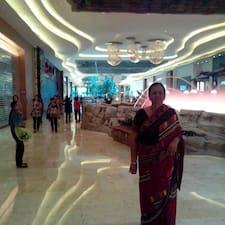 Pratima è l'host.