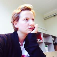 Aleksandra的用戶個人資料