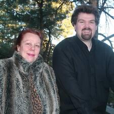 Helena & Paul User Profile