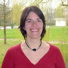 โพรไฟล์ผู้ใช้ Anne Cécile