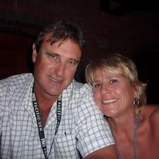 Profil Pengguna Joe And  Julie
