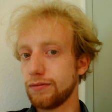 Julien的用户个人资料