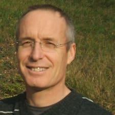 Jean François est l'hôte.