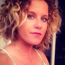 Laura-Yvette User Profile