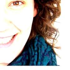 Célia User Profile