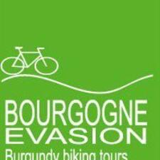 Henkilön Burgundy Tour Florian käyttäjäprofiili