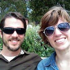 Lindsey & Phillip님의 사용자 프로필