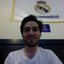 โพรไฟล์ผู้ใช้ Bernardo