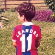 Leandro — хозяин.
