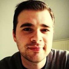 Moritz felhasználói profilja