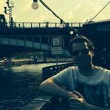 Profil Pengguna Maarten-Yan