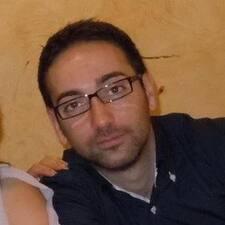 Giuseppe ist der Gastgeber.