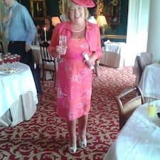 Eileen es el anfitrión.
