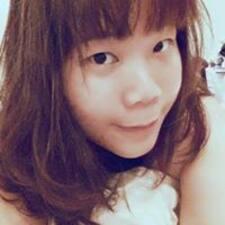 Pui Yee User Profile
