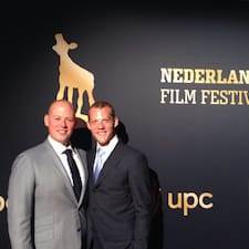 Sander & Paul — хозяин.