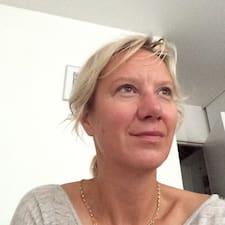 Profil Pengguna Marie Hélène
