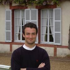 Guillaume es el anfitrión.