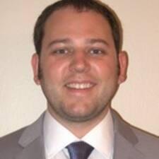 Benton felhasználói profilja