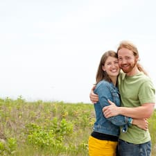 Profilo utente di Brandon & Sarah