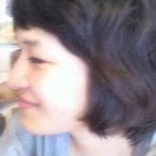 Henkilön Yunjung käyttäjäprofiili