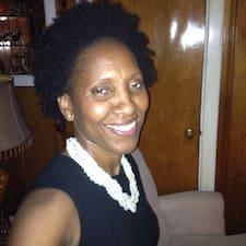 Cathy-Ann felhasználói profilja