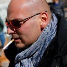 Gábor User Profile