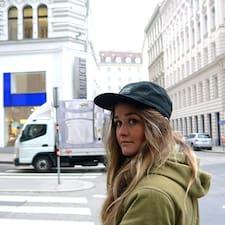 Profilo utente di Alexandra Jane